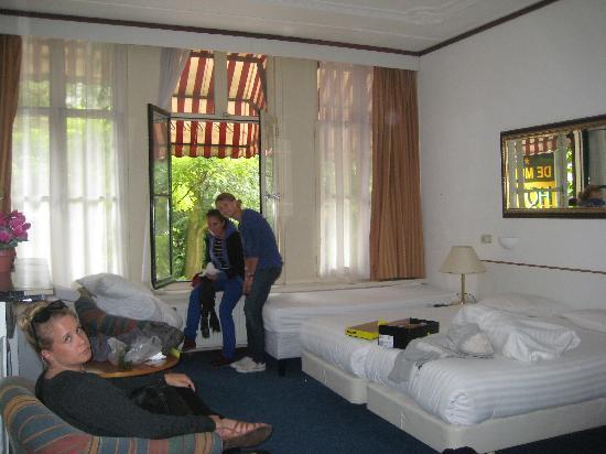 Hotel De Munck : Chambre 5 Personnes