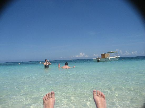 Sandals Montego Bay: Photo of the boat that sat there and made noise ALL WEEK