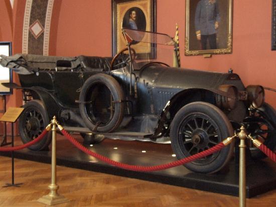 Musée d'histoire militaire de Vienne : archduke's car