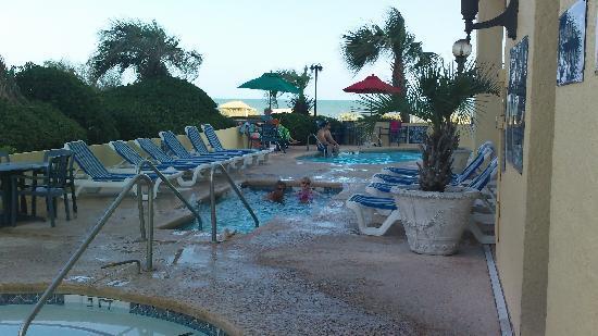 Compass Cove Oceanfront Resort: pool
