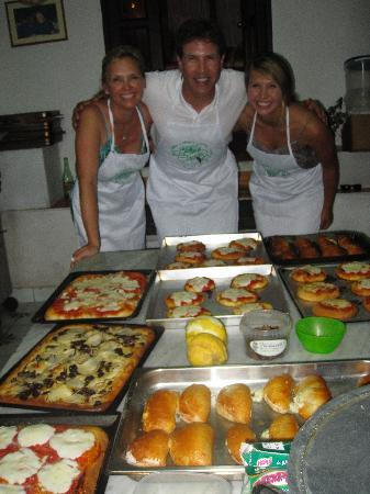 Mami Camilla Cooking School : part of our feast