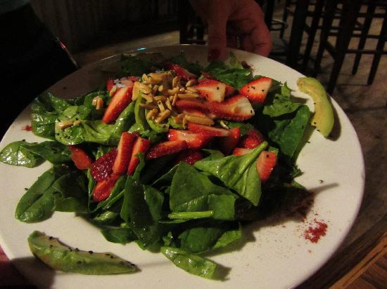 McGlinn's Public House: Strawberry Spinach Salad- Delicious!