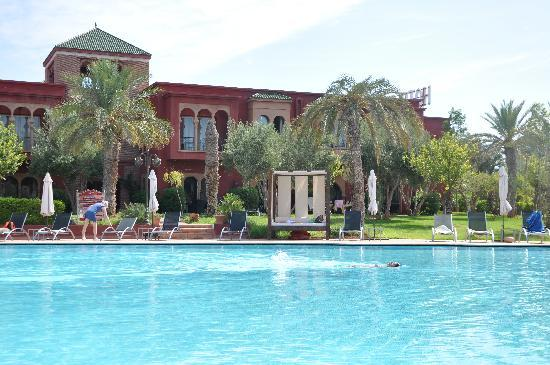 Eden Andalou Suites, Aquapark & Spa: pool and hotel view