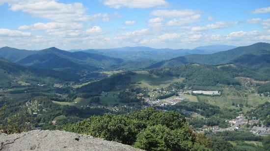 Mount Jefferson State Natural Area: Mount Jefferson, NC Overlook View 3