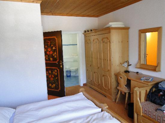 Hotel Bavaria: the room