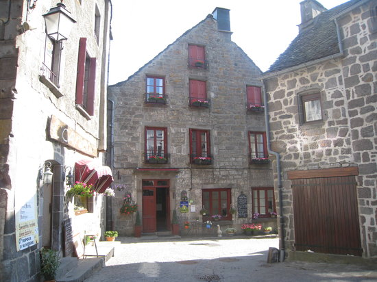 Aaisa chambre d 39 hote prices b b reviews france besse for Tripadvisor chambre hote