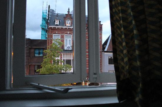Stone Hotel & Hostel: view from the window