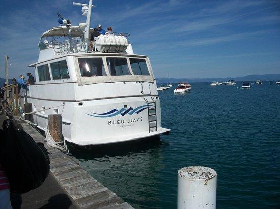 Bleu Wave Cruise: Blue Wave Cruises