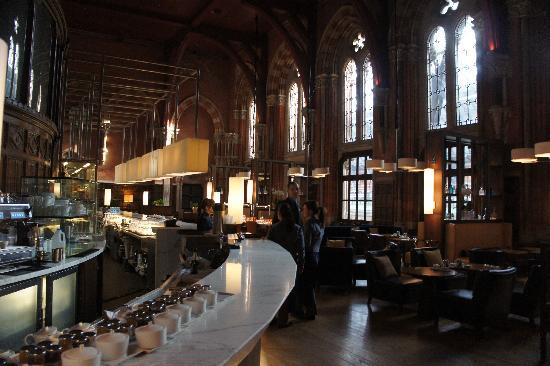 St. Pancras Renaissance Hotel London: Restaurant at the Hotel