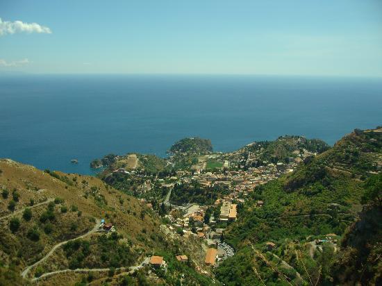 Villa Daphne : View from top of Castelmola