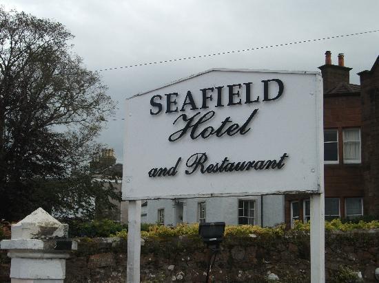 Seafield Hotel: Sign