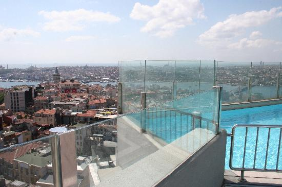 The Marmara Pera Hotel: rooftop