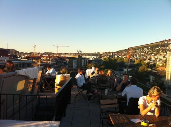 Rooftop Bild Von Restaurant Bar Helvetia Zürich Tripadvisor