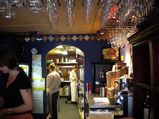 Ludvig's Bistro: Looking into the kitchen