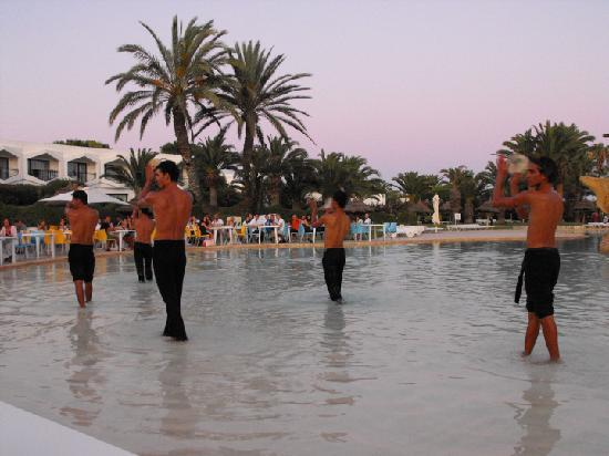 SENTIDO Phenicia: Dining Al Fresco Whilst Entertained by the Animation Team.