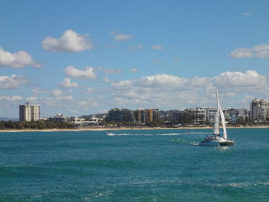 84 The Spit Holiday Apartments: Mooloolaba beach