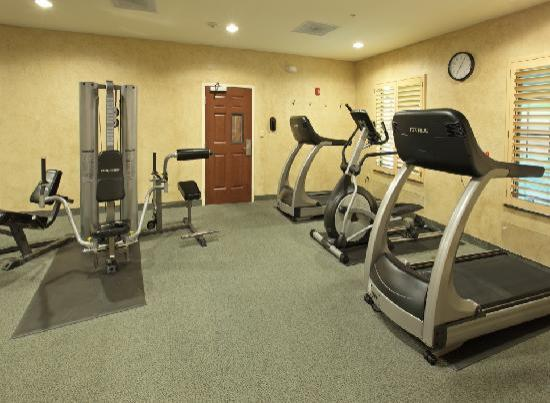 Staybridge Suites Hot Springs: Fitness Center