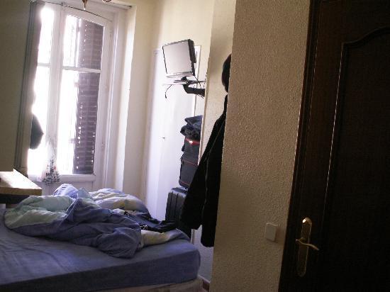 hostal conchita madrid: