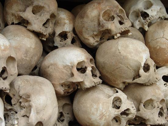 ทุ่งสังหารเชิงเอก: Close up of Skulls