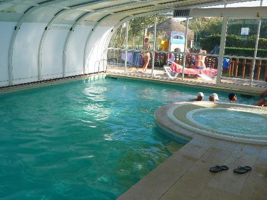 Duna Parque : THE INDOOR POOL