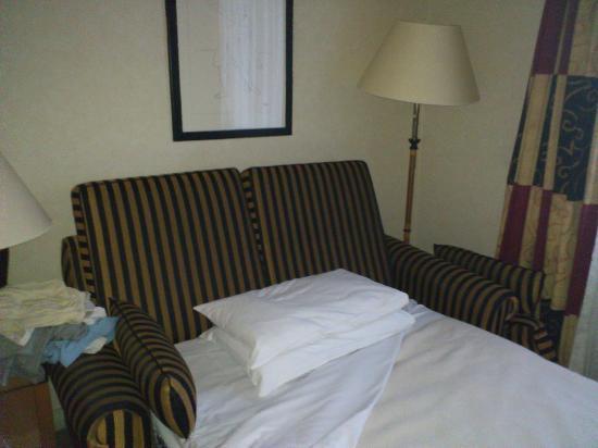 Crowne Plaza London - Kings Cross: Sofa cama
