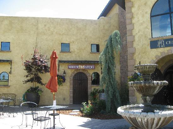 Desert Wind Winery: Martinez Cellars