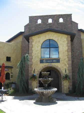 Desert Wind Winery: Apex Cellar
