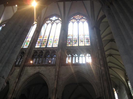 Cologne-katedralen: inside cathedral