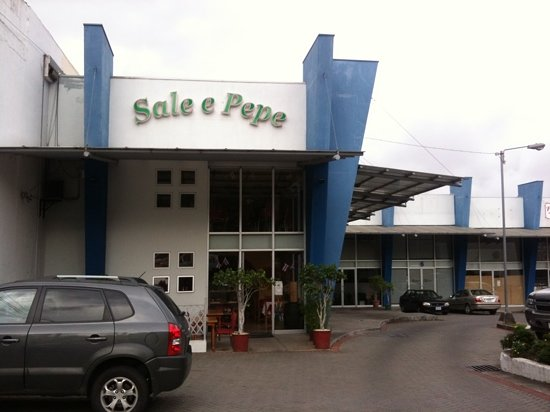 Sale e Pepe, Escazu