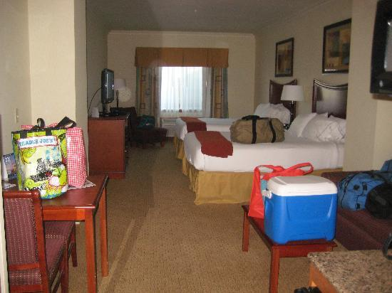 Holiday Inn Express Hotel & Suites Klamath Falls: Queen Suite