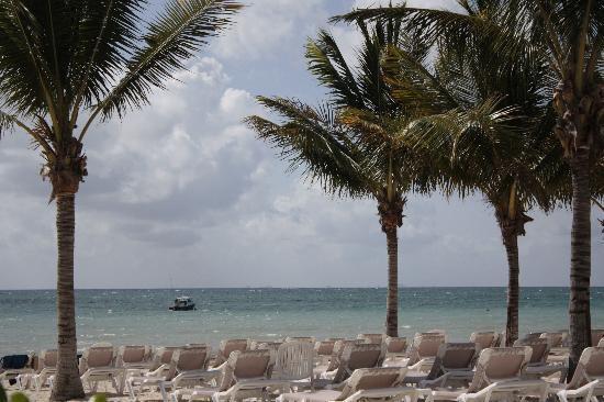 BlueBay Grand Esmeralda: ocean view