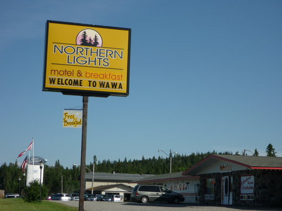 Northern Lights Motel & Chalets - Wawa: A pleasant sign for the weary traveller