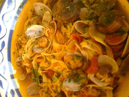Flavor of Italy Cooking School : Pasta with Clam Sauce