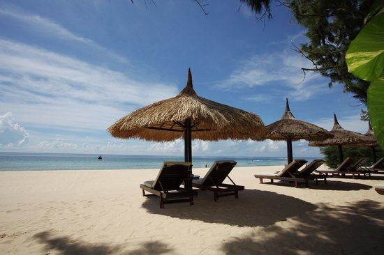 Cham Villas: Private Beach