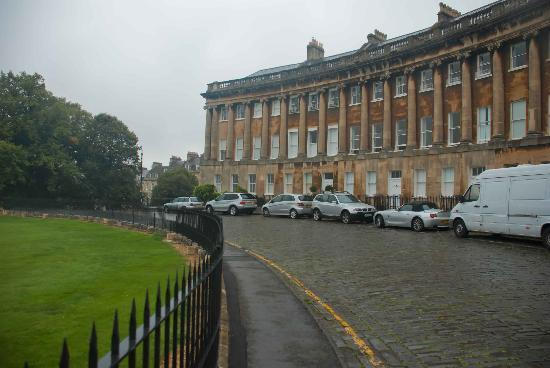 Royal Crescent: Great old buildings