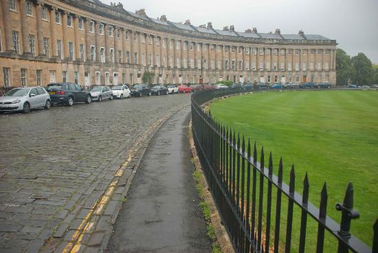 Royal Crescent: Great, even in the rain!