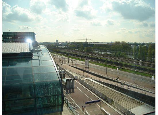 โมเวนพิคโฮเต็ล อัมสเตอร์ดัมซิตี้เซ็นเตอร์: view from my room