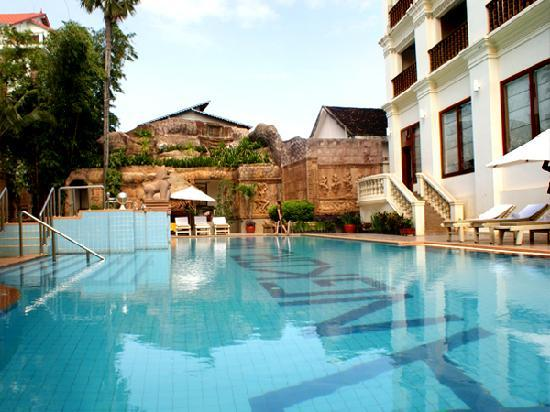 New Angkorland Hotel: Swimming Pool