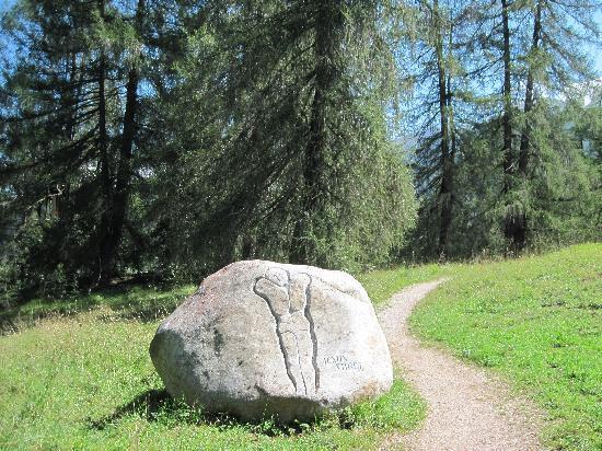 Kreuzweg mit Steinkreis : Stein vom Kreuzweg