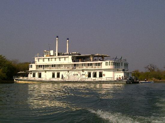 Kariba, Zimbábue: The Southern Belle in all her splendor