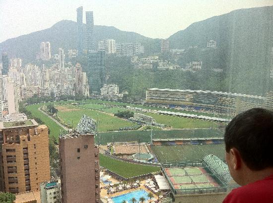 Crowne Plaza Hong Kong Causeway Bay: Happy Valley view. Amazing