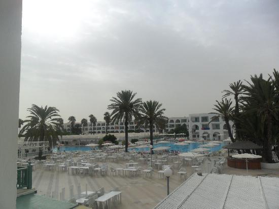 El Mouradi Club Kantaoui: pool view