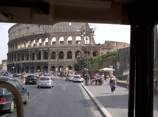 Best Limos in Rome Day Tours : Colosseo