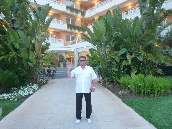 Hotel JS Alcudi-Mar: Der Autor