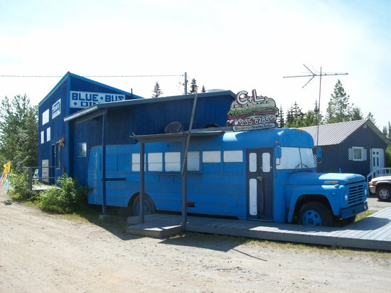 Blue Bus Diner: Can't mistake The Blue Bus!