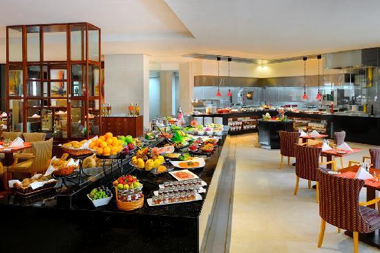 Ramada Jumeirah: Cuisines - All day dining restaurent