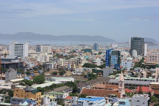 Green Plaza Hotel: View towards the sea