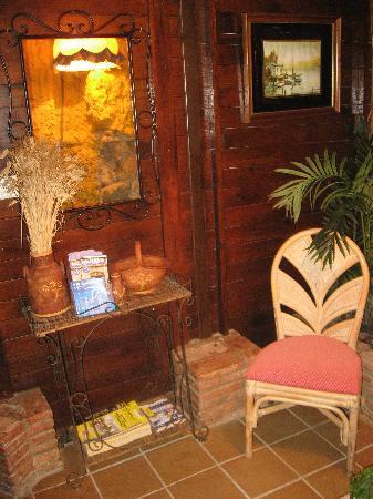 Restaurante Ramos : Una especie de recibidor antes de llegar al salón