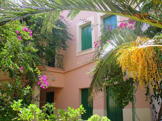 Dafnoudi hotel