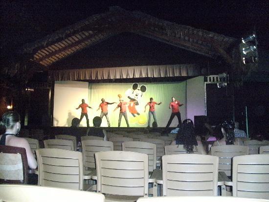 Coral Costa Caribe All Inclusive, Juan Dolio: Entertainment
